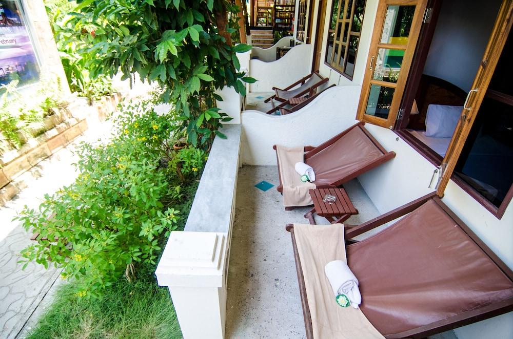 시 가든 리조트 - 하아드 린(Sea Garden Resort - Haad Rin) Hotel Image 23 - Balcony