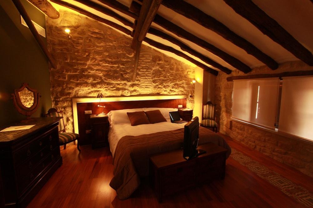호텔 델 시트하르(Hotel del Sitjar) Hotel Image 3 - Guestroom