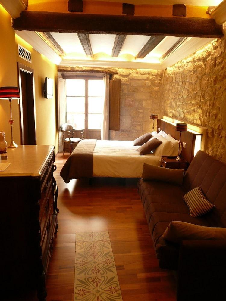 호텔 델 시트하르(Hotel del Sitjar) Hotel Image 2 - Guestroom