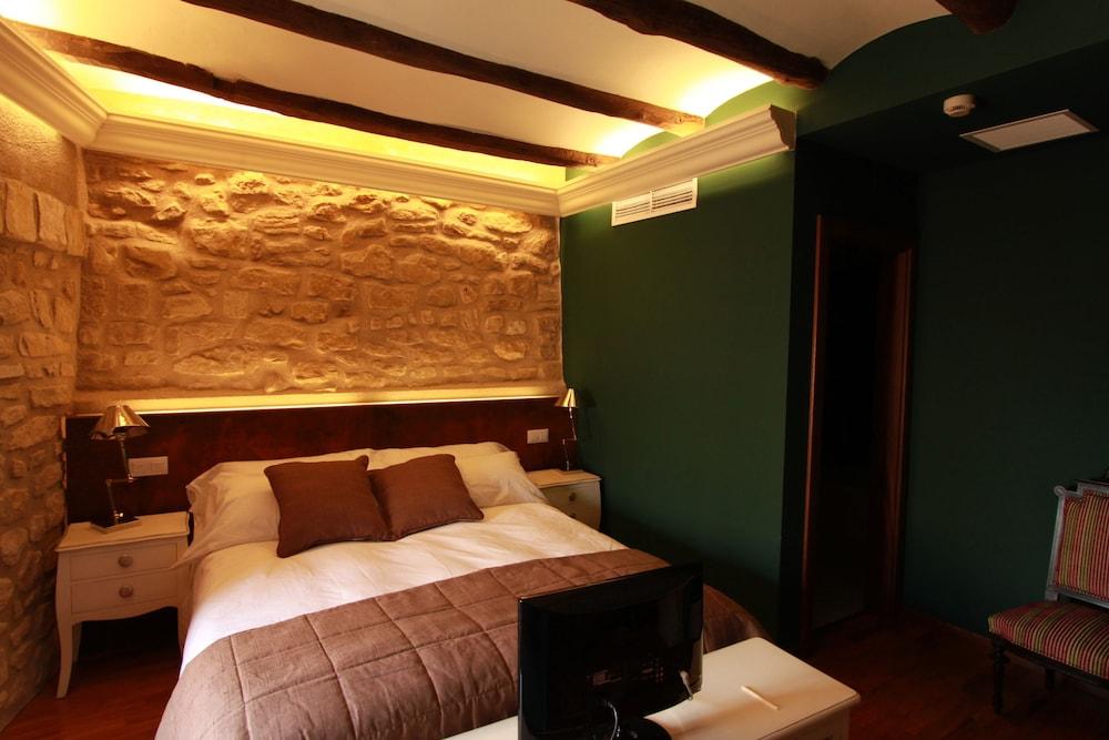 호텔 델 시트하르(Hotel del Sitjar) Hotel Image 11 - Guestroom