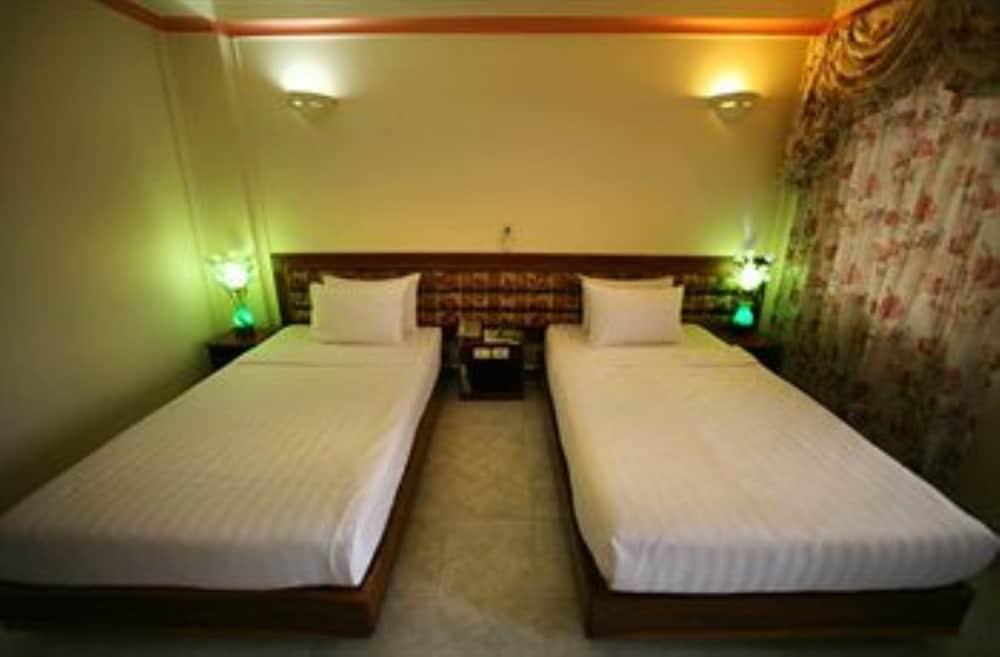 럭키 스타 호텔(Lucky Star Hotel) Hotel Image 4 - Guestroom