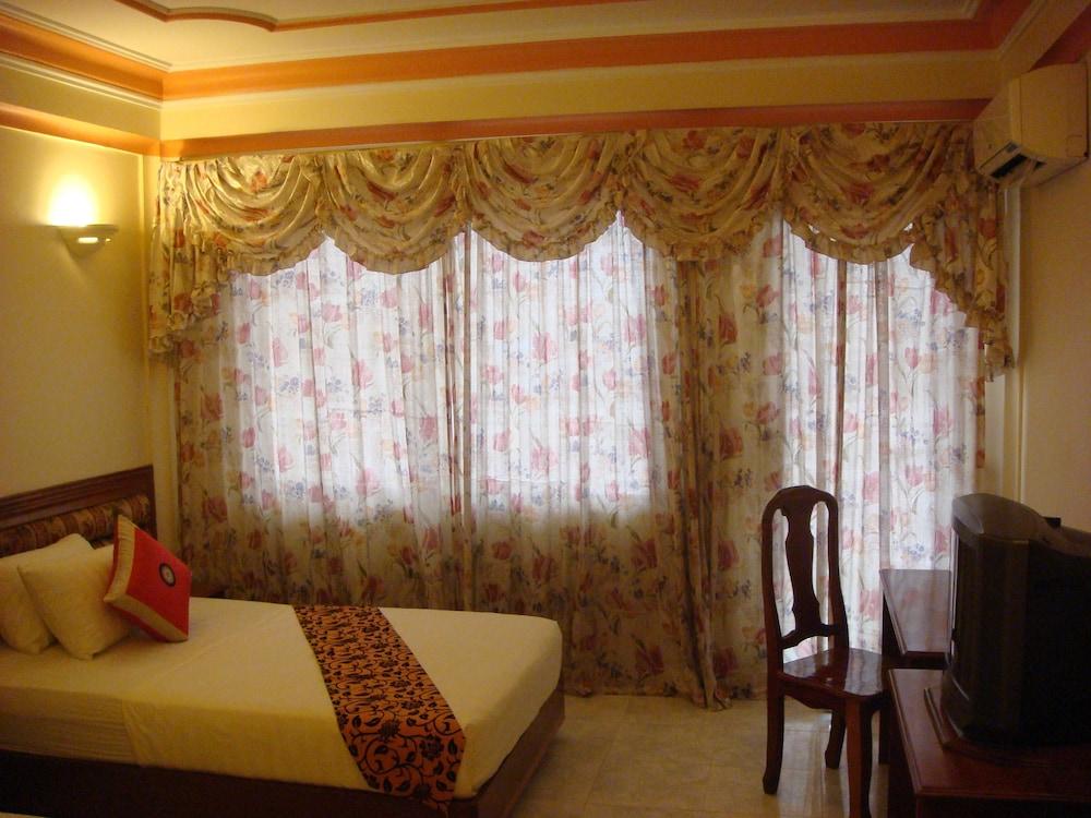 럭키 스타 호텔(Lucky Star Hotel) Hotel Image 2 - Guestroom