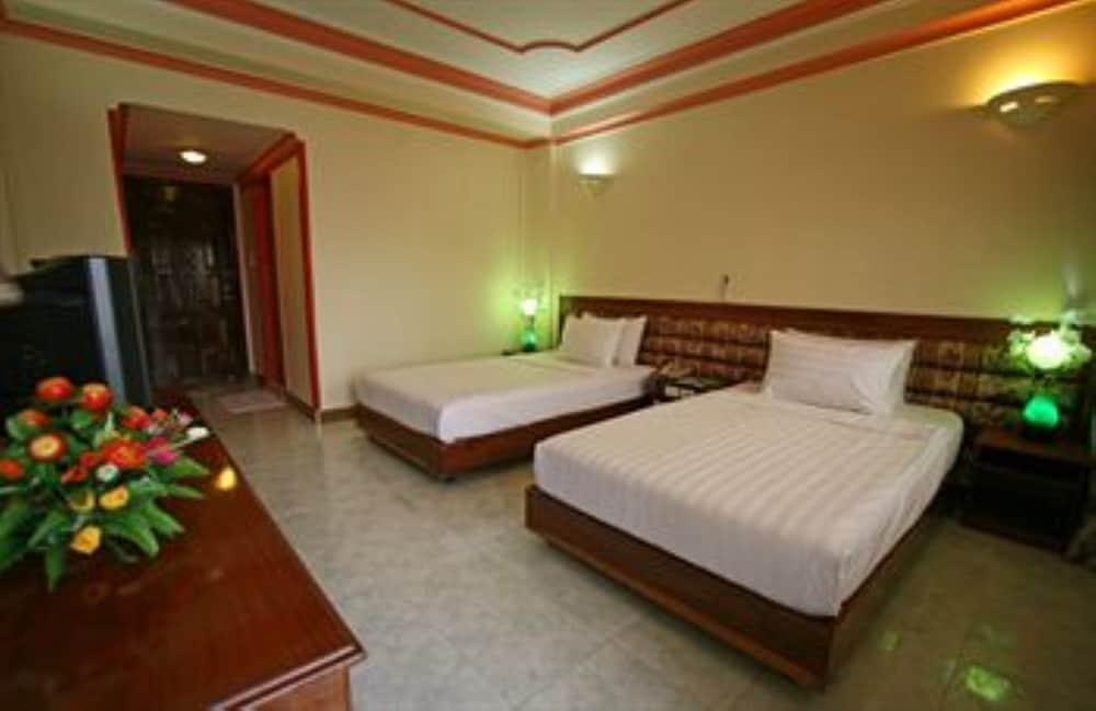 럭키 스타 호텔(Lucky Star Hotel) Hotel Image 11 - Guestroom