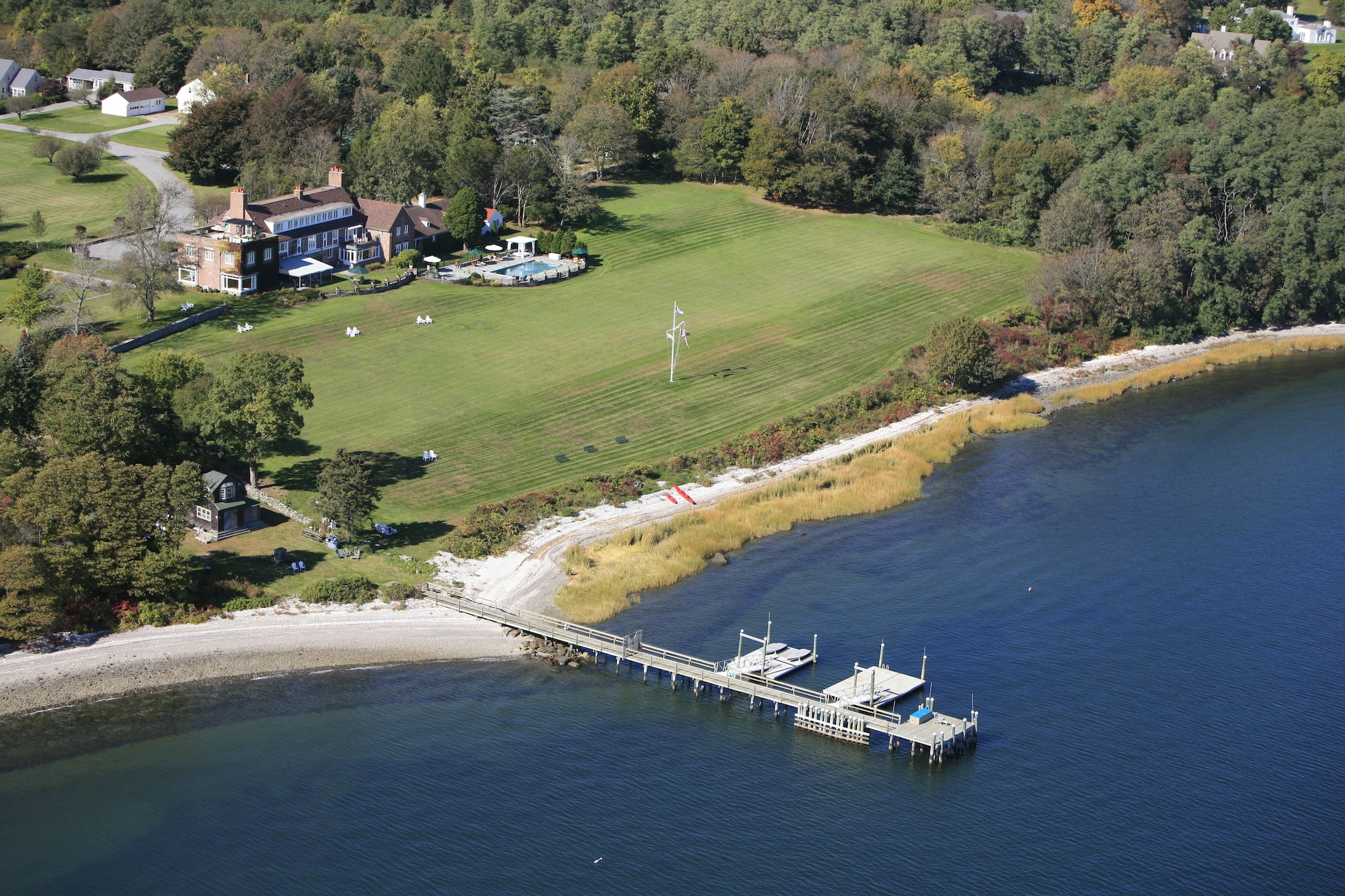 Point Pleasant Inn & Resort, Bristol