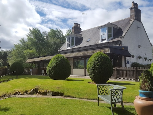 . Moorfield Guest House