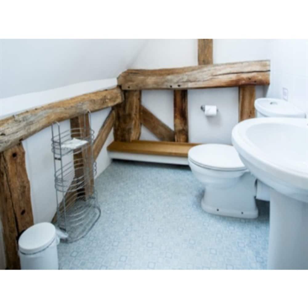 오크 팜 반(Oak Farm Barn) Hotel Image 19 - Bathroom
