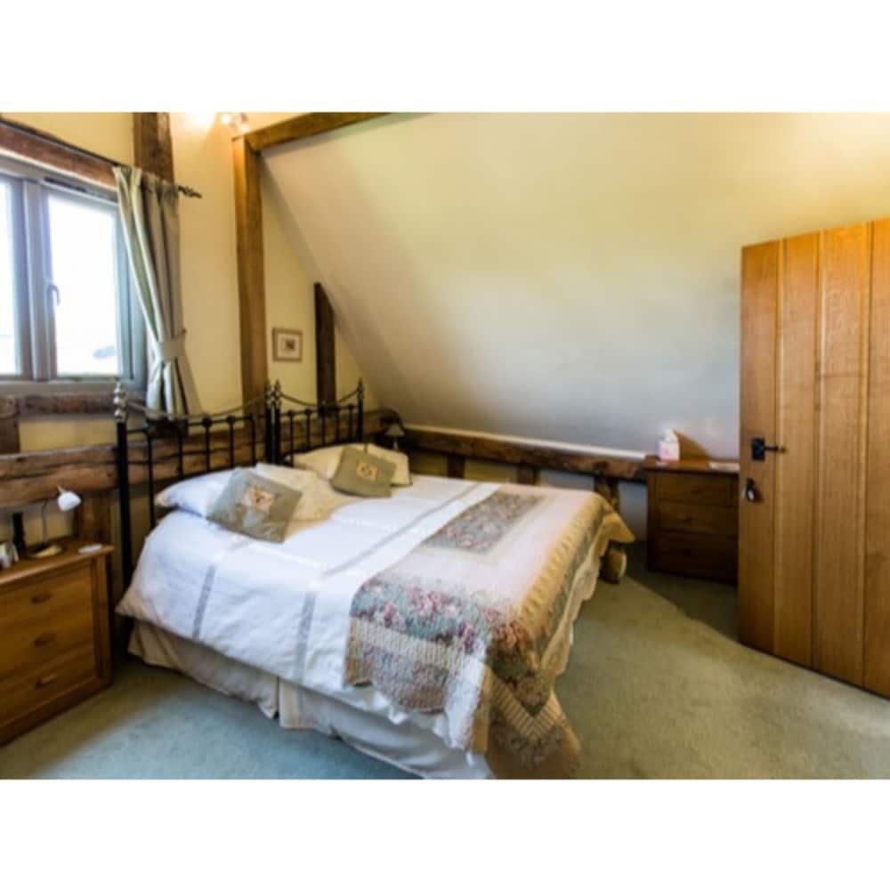 오크 팜 반(Oak Farm Barn) Hotel Image 17 - Guestroom