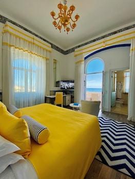Comfort Tek Büyük Veya İki Ayrı Yataklı Oda