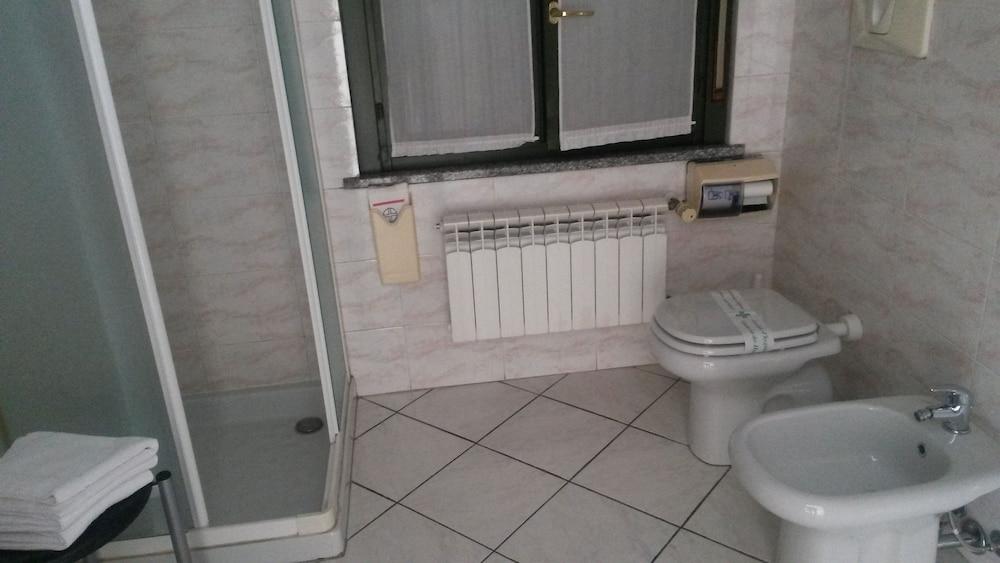 호텔 레지던스 라 폰타나(Hotel Residence La Fontana) Hotel Image 6 - Bathroom