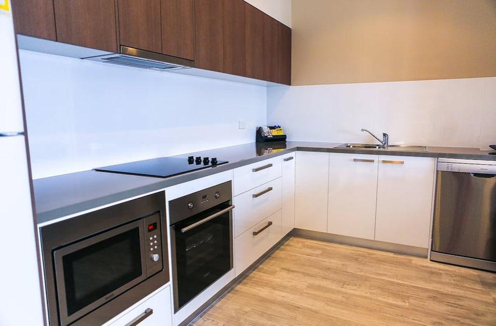 마리나 호텔(The Marina Hotel) Hotel Image 16 - In-Room Kitchen