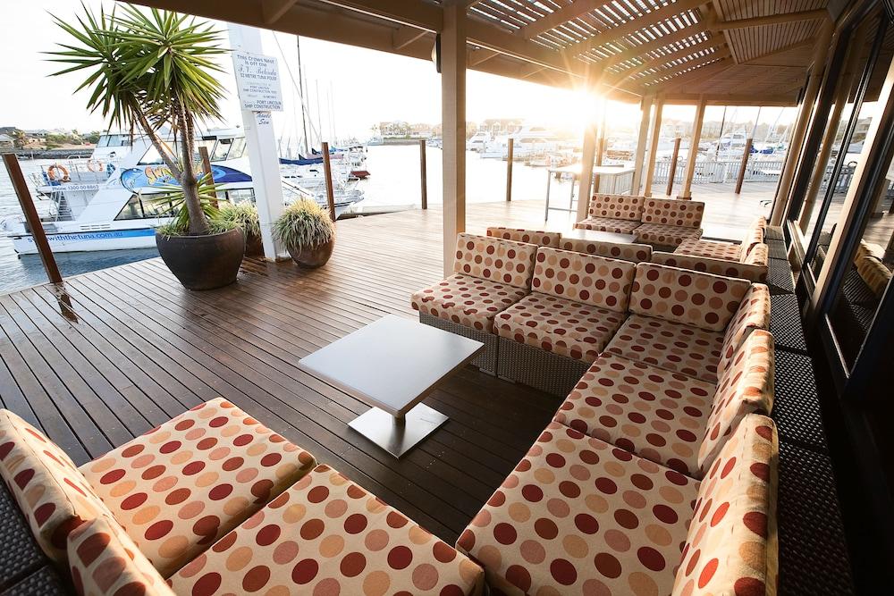 마리나 호텔(The Marina Hotel) Hotel Image 1 -
