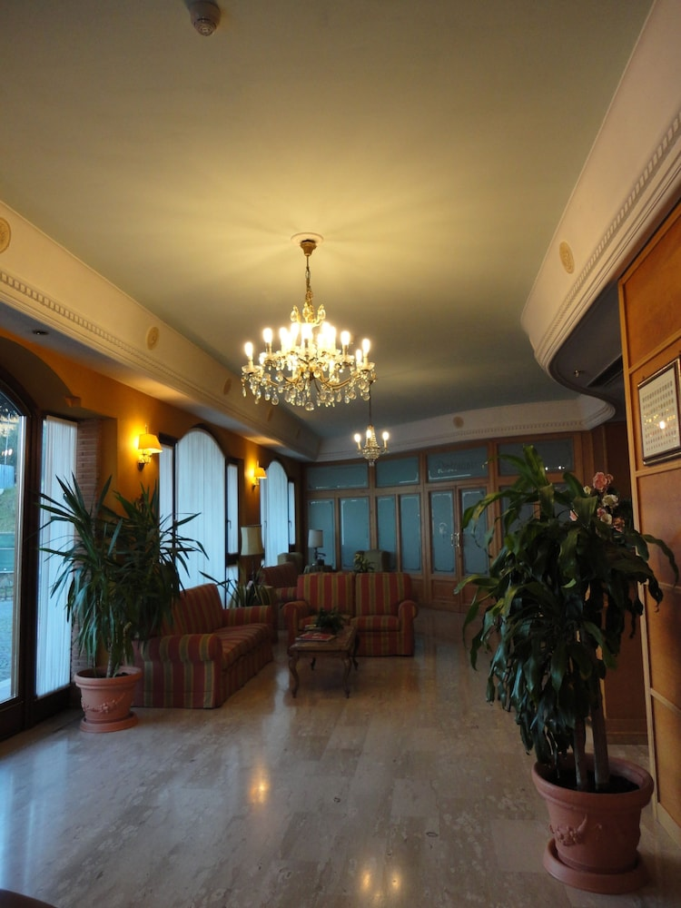 로타바 호텔(L'Ottava Hotel) Hotel Image 30 - Reception Hall