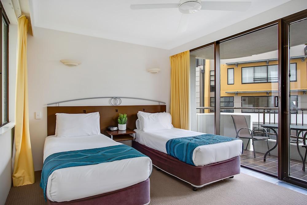 퍼시픽 리조트 브로드비치(Pacific Resort Broadbeach) Hotel Image 2 - Guestroom