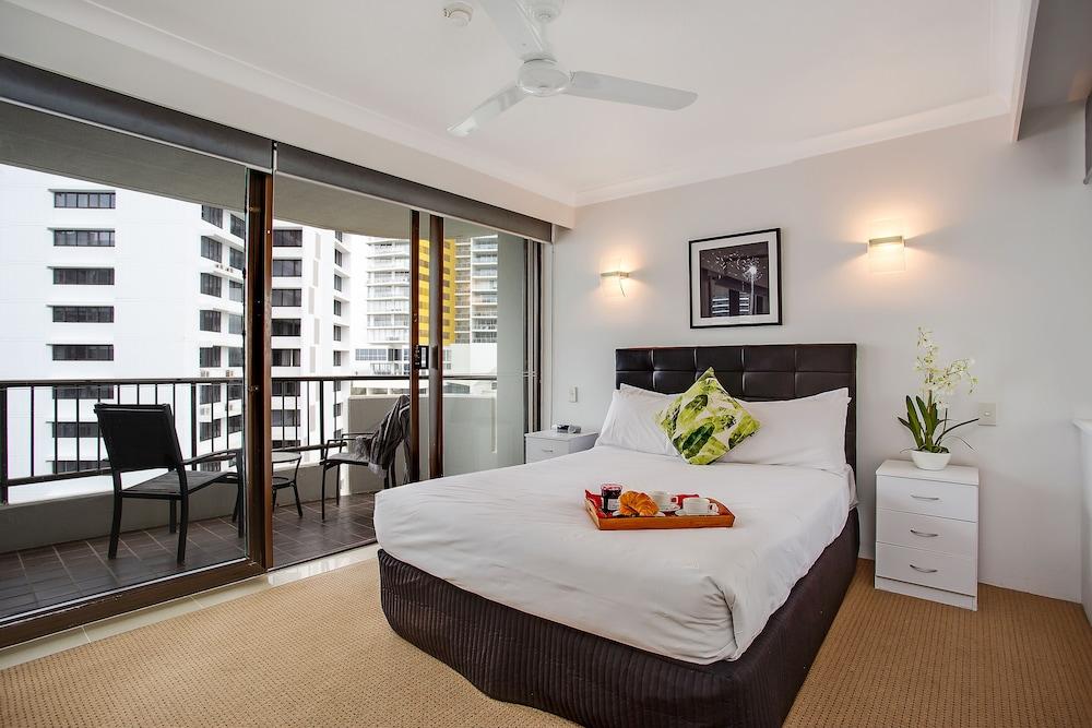 퍼시픽 리조트 브로드비치(Pacific Resort Broadbeach) Hotel Image 3 - Guestroom