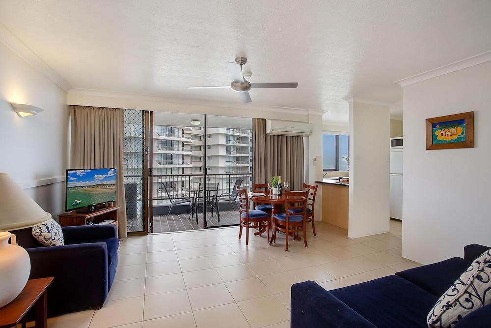 퍼시픽 리조트 브로드비치(Pacific Resort Broadbeach) Hotel Image 14 - Living Area