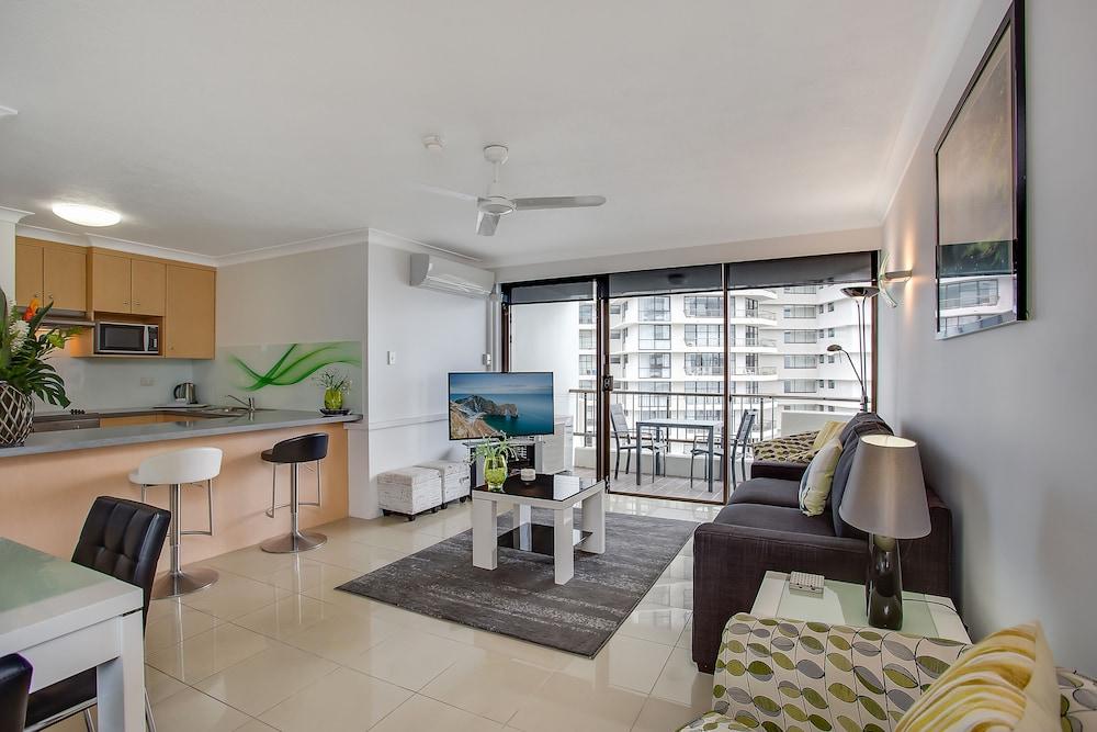 퍼시픽 리조트 브로드비치(Pacific Resort Broadbeach) Hotel Image 16 - Living Area