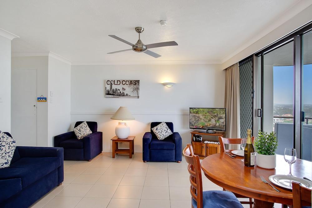 퍼시픽 리조트 브로드비치(Pacific Resort Broadbeach) Hotel Image 17 - Living Area