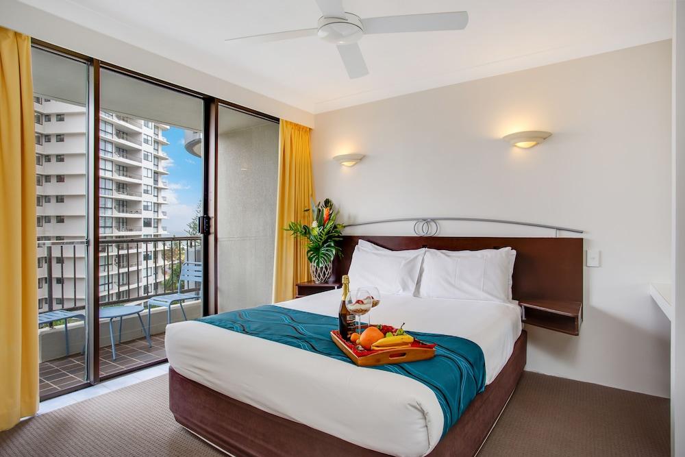 퍼시픽 리조트 브로드비치(Pacific Resort Broadbeach) Hotel Image 4 - Guestroom