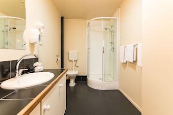 Dolphin Motel - Bathroom  - #0