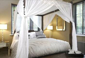 Double Room (Magnolia)