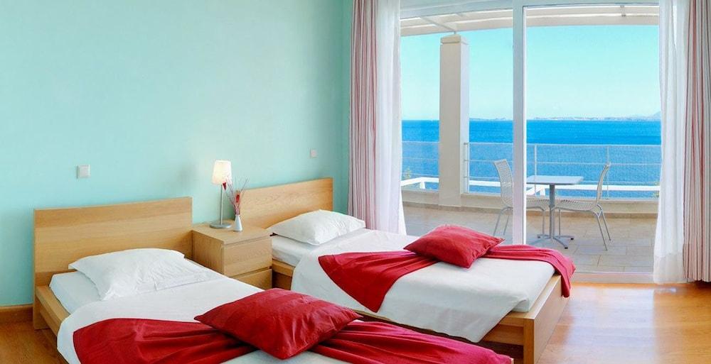 코르푸 럭셔리 빌라(Corfu Luxury Villas) Hotel Image 34 - Guestroom
