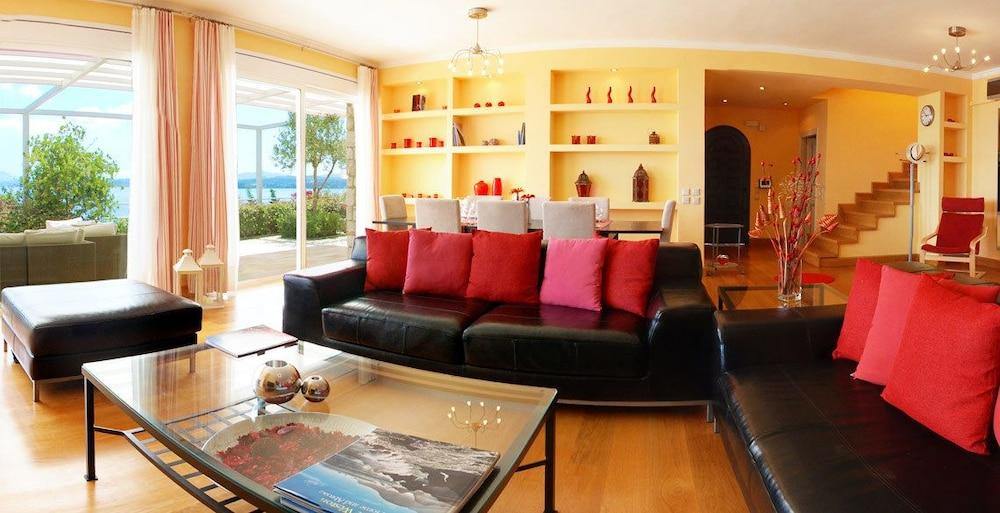 코르푸 럭셔리 빌라(Corfu Luxury Villas) Hotel Image 19 - Living Room