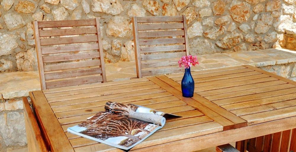 코르푸 럭셔리 빌라(Corfu Luxury Villas) Hotel Image 30 - Terrace/Patio