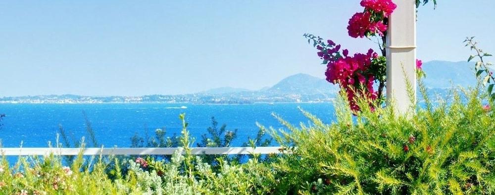 코르푸 럭셔리 빌라(Corfu Luxury Villas) Hotel Image 44 - Guestroom View