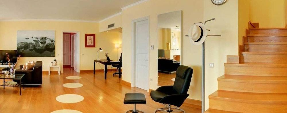 코르푸 럭셔리 빌라(Corfu Luxury Villas) Hotel Image 17 - Living Area