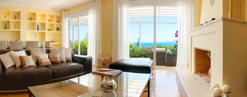 코르푸 럭셔리 빌라(Corfu Luxury Villas) Hotel Image 22 - Living Room