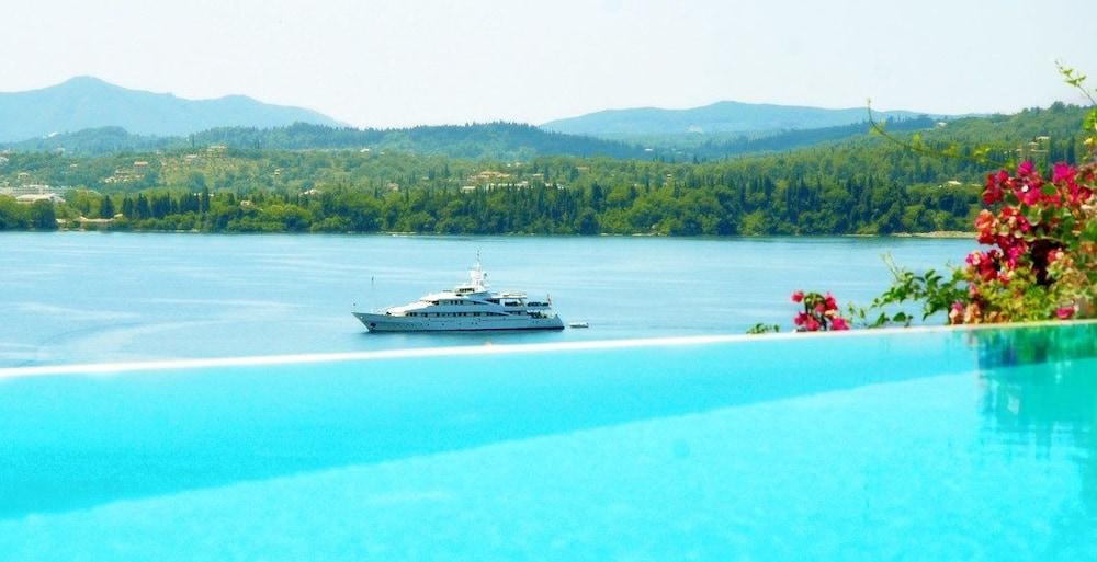 코르푸 럭셔리 빌라(Corfu Luxury Villas) Hotel Image 45 - Guestroom View