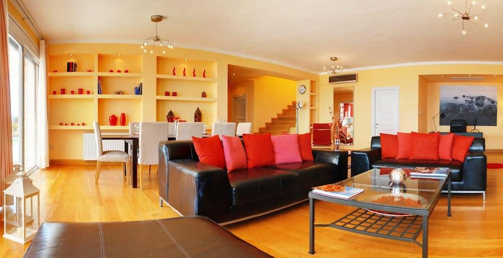 코르푸 럭셔리 빌라(Corfu Luxury Villas) Hotel Image 23 - Living Room