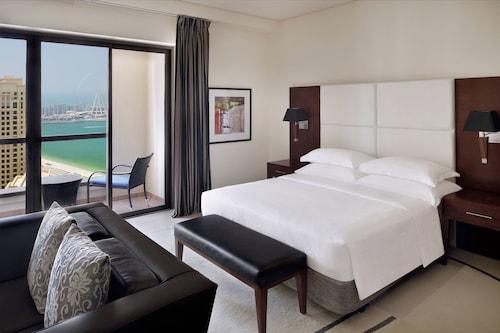 . Delta hotels by Marriott Jumeirah Beach, Dubai
