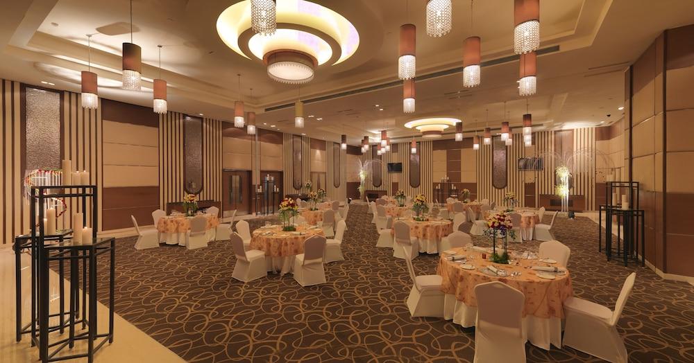래디슨 블루 호텔 그레이터 노이다(Radisson Blu Hotel Greater Noida) Hotel Image 101 - Banquet Hall