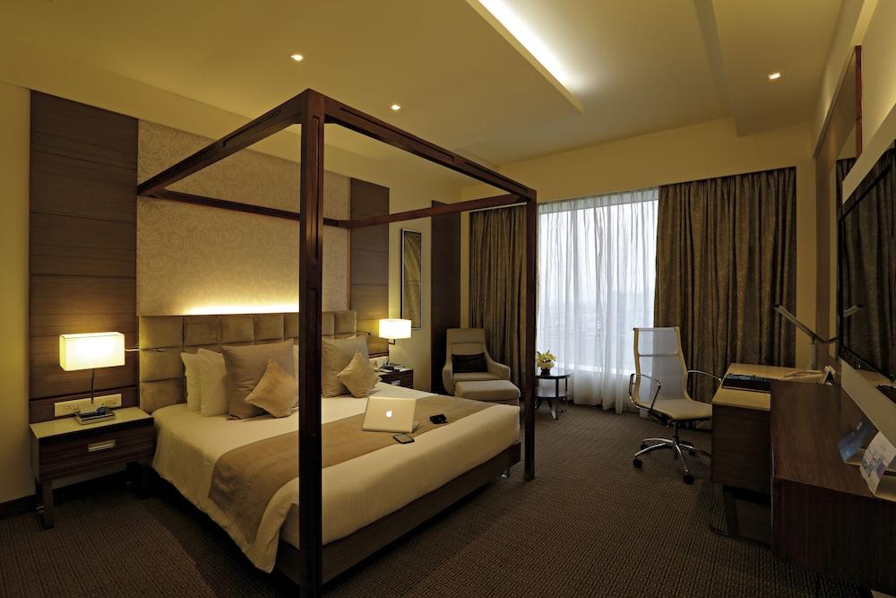 래디슨 블루 호텔 그레이터 노이다(Radisson Blu Hotel Greater Noida) Hotel Image 36 - Guestroom View
