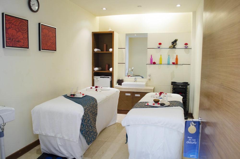 래디슨 블루 호텔 그레이터 노이다(Radisson Blu Hotel Greater Noida) Hotel Image 65 - Treatment Room