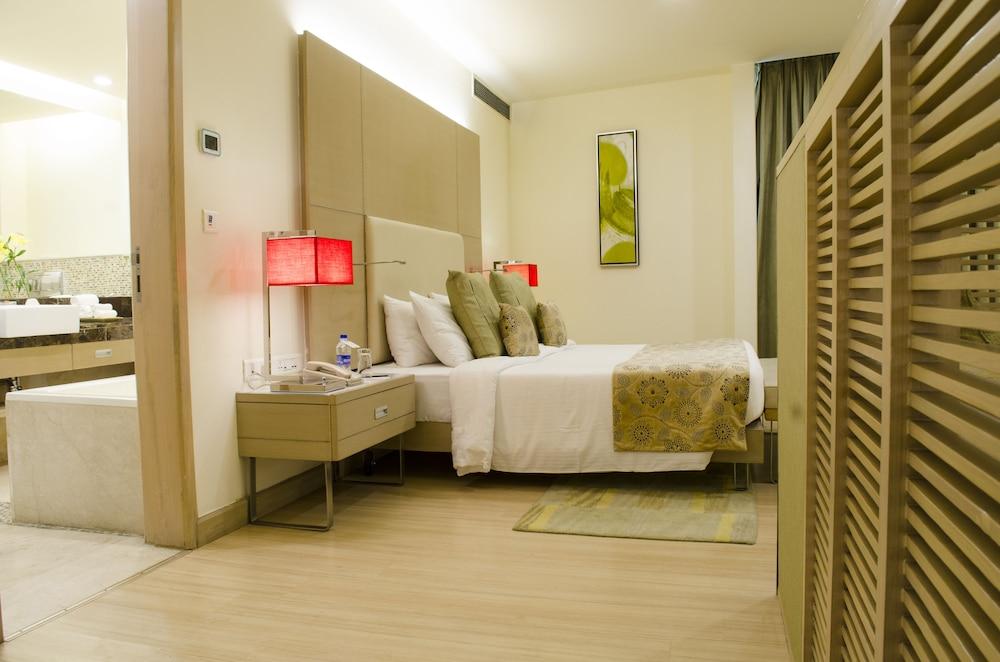 래디슨 블루 호텔 그레이터 노이다(Radisson Blu Hotel Greater Noida) Hotel Image 39 - Guestroom View