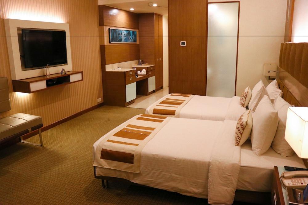 래디슨 블루 호텔 그레이터 노이다(Radisson Blu Hotel Greater Noida) Hotel Image 19 - Guestroom