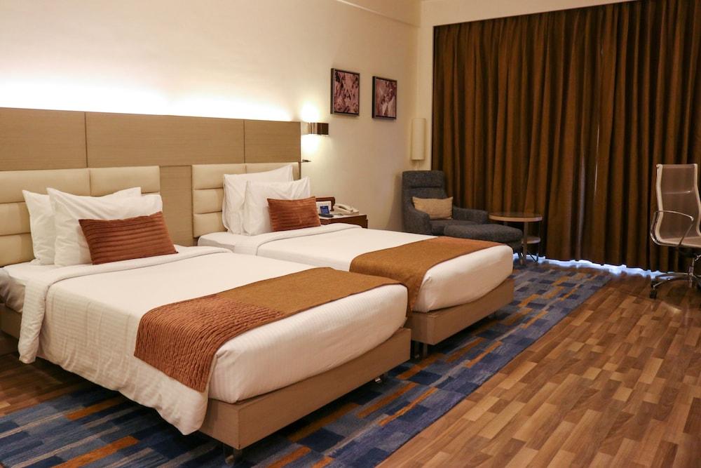 래디슨 블루 호텔 그레이터 노이다(Radisson Blu Hotel Greater Noida) Hotel Image 21 - Guestroom