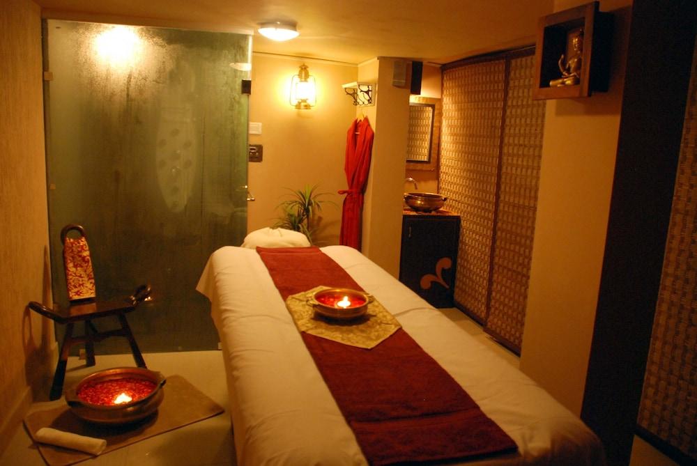 래디슨 블루 호텔 그레이터 노이다(Radisson Blu Hotel Greater Noida) Hotel Image 60 - Treatment Room