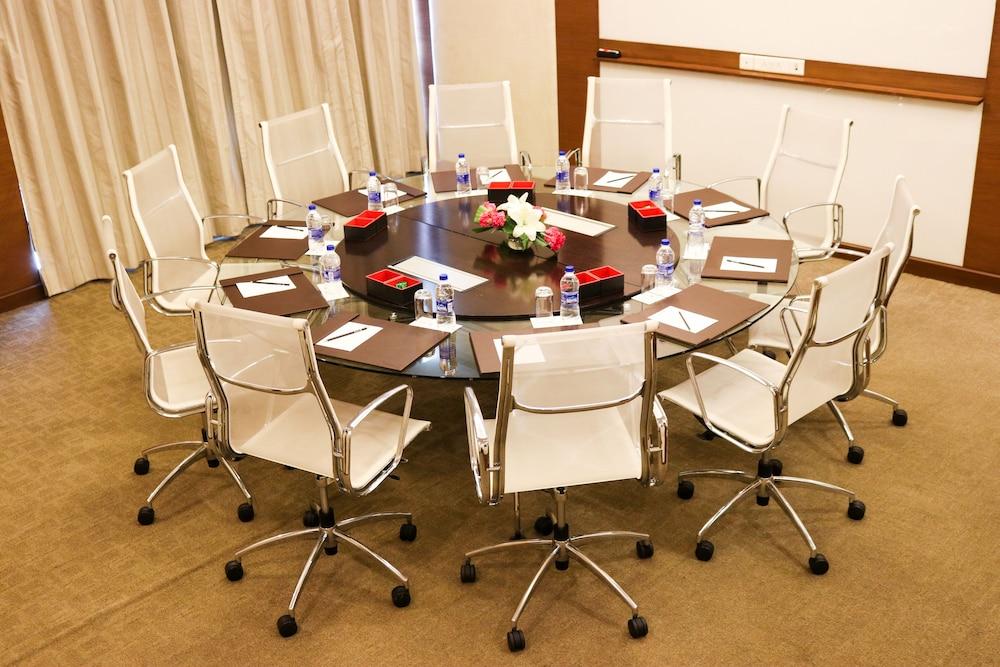 래디슨 블루 호텔 그레이터 노이다(Radisson Blu Hotel Greater Noida) Hotel Image 118 - Meeting Facility