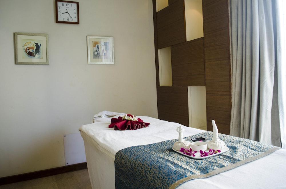 래디슨 블루 호텔 그레이터 노이다(Radisson Blu Hotel Greater Noida) Hotel Image 66 - Treatment Room