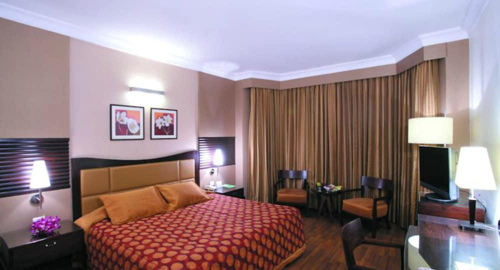 더 리트리트 호텔 & 컨벤션 센터(The Retreat Hotel & Convention Centre) Hotel Image 4 - Guestroom