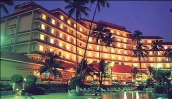 Hotel - The Retreat Hotel & Convention Centre