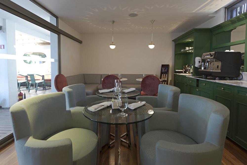 라 인마쿨라다(La Inmaculada) Hotel Image 16 - Breakfast Area