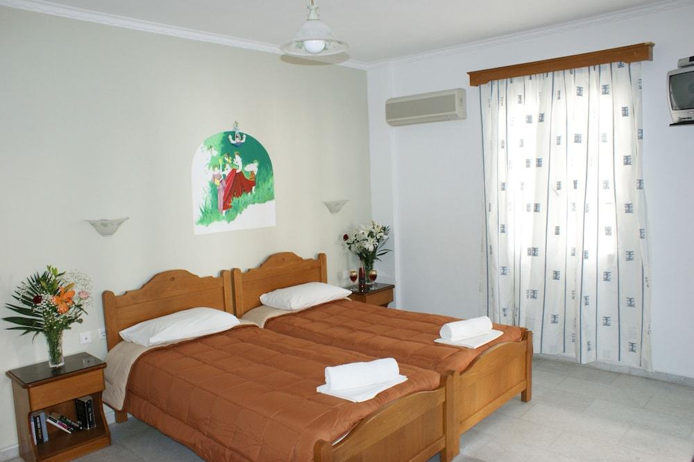 마이크스 스튜디오(Mike's Studios) Hotel Image 12 - Guestroom