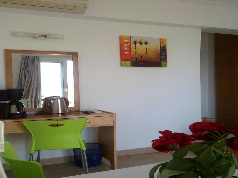 코스 베이 호텔(Kos Bay Hotel) Hotel Image 8 - Guestroom