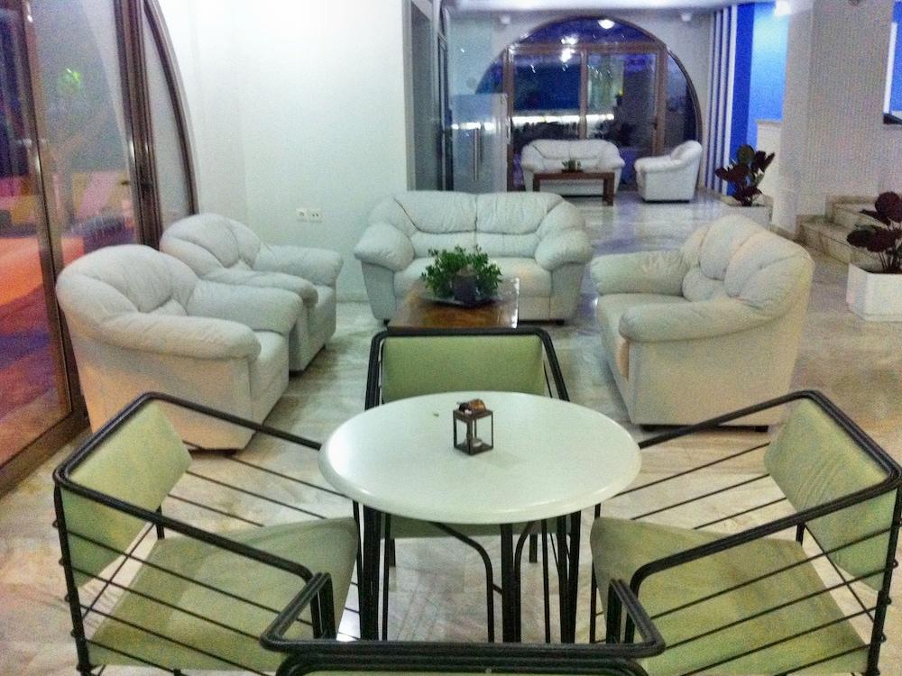 코스 베이 호텔(Kos Bay Hotel) Hotel Image 5 - Lobby Sitting Area