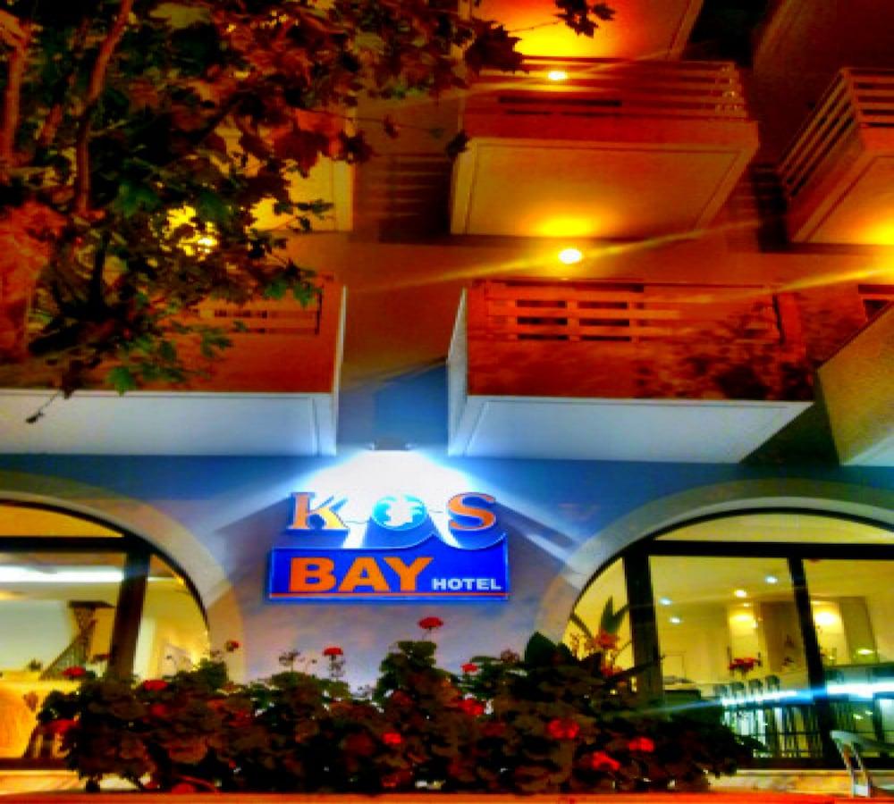 코스 베이 호텔(Kos Bay Hotel) Hotel Image 54 - Hotel Front - Evening/Night