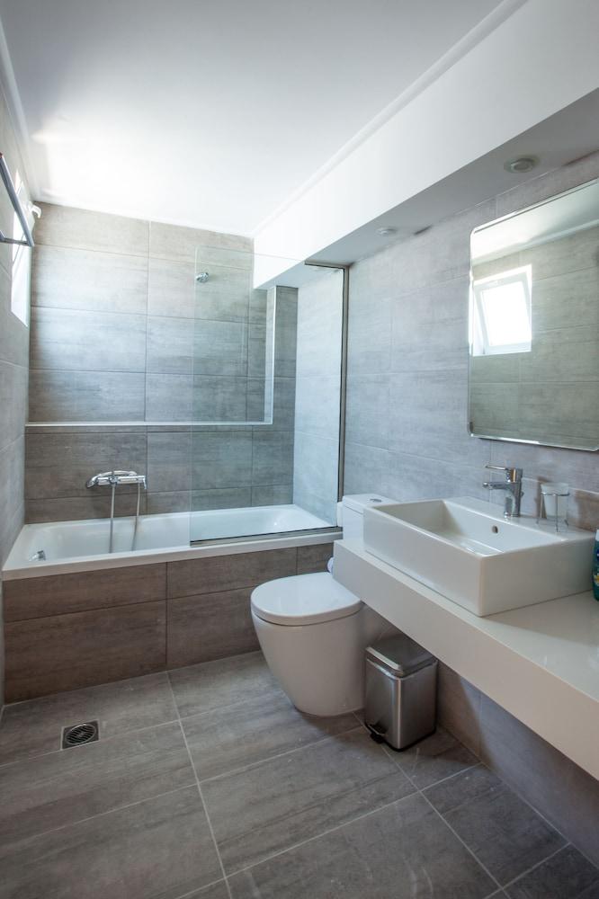 코스 베이 호텔(Kos Bay Hotel) Hotel Image 30 - Bathroom
